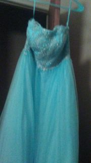 Size 12 homecoming prom dress