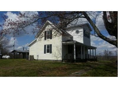 2 Bed 1 Bath Foreclosure Property in Greeneville, TN 37743 - Foxford Rd