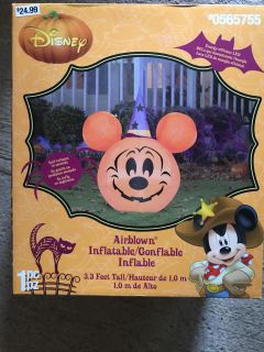 New in Box Halloween Mickey Mouse inflatable yard decoration