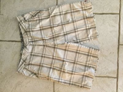 QuickSilver Mens Shorts Sz 34
