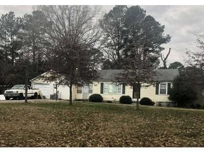 3 Bed 1 Bath Foreclosure Property in Jackson, TN 38301 - Seavers Rd