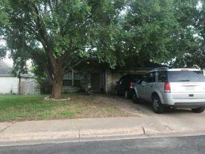 3 Bed 2.5 Bath Foreclosure Property in Round Rock, TX 78681 - Hollow Tree Blvd