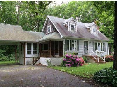 3 Bed 2 Bath Foreclosure Property in North Dighton, MA 02764 - Susan Rd