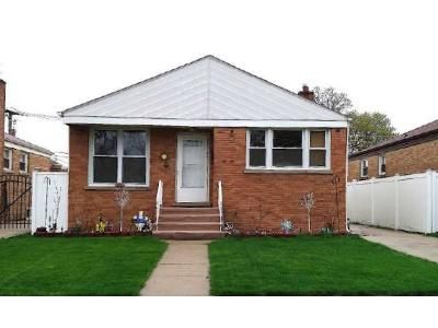 2 Bed 1 Bath Foreclosure Property in Franklin Park, IL 60131 - Ernst St