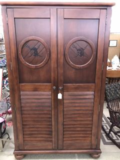 Pirates of the Caribbean Armoire