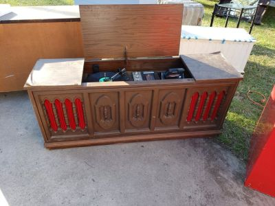 Antique Catalina Cabinet Stereo!