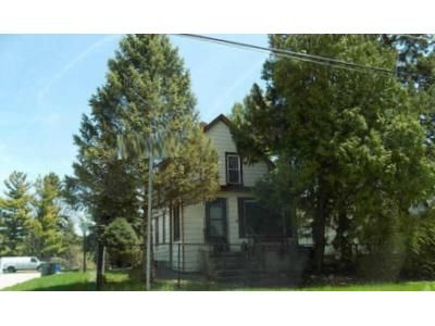 3 Bed 1 Bath Foreclosure Property in Waukegan, IL 60085 - Archer Ave