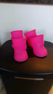 Dog Boots Rubber with Adjustable Straps Size Large Excellant Condition Smoke Free