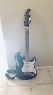 Black & White Silvertone Electric Guitar