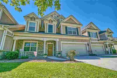17 Fording Court Bluffton Four BR, Exceptional carriage style