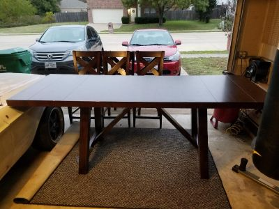 Formal Dinning Room Table and Chairs