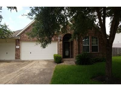 3 Bed 2 Bath Preforeclosure Property in Richmond, TX 77407 - Lark Orchard Way