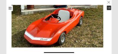 """Vintage 60's Rupp """" Monza Jr """" Go Kart Body."""