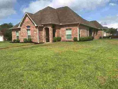 5110 Canyon Circle Beaumont Three BR, Like New! This home is