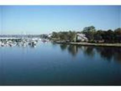 Waterfront Lake Conroe Luxury Condo - Condo