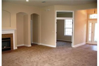 5 bedrooms House - Beautiful Eagle Home. Washer/Dryer Hookups!