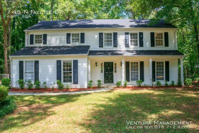 Beautiful 4bd 2.5 bath Home in Fayetteville, Ga!!! Tenant occupied until 5/31