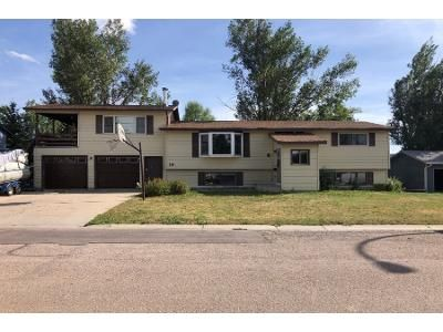 3 Bed 1 Bath Foreclosure Property in Gillette, WY 82716 - Constitution Dr