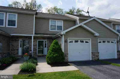 221 Autumn Woods CT DILLSBURG Two BR, Nicely appointed townhome
