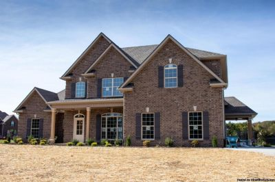Open Floor plan! All Brick 3br 2.5ba Home w/ 2 car Garage!