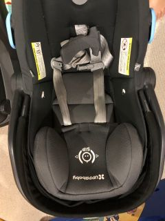 Mesa Uppababy 2017 Infant Car seat with 2 car bases (1 never used )