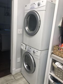 Maytag Neptune Stackable washer/ dryer