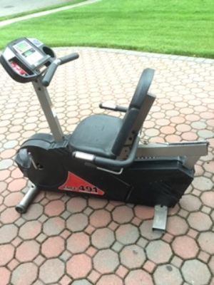 FITNESS QUEST EXERCISE BIKE