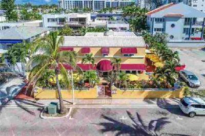 317 Polk St Hollywood, Villa Hotel with Restaurant Cafe