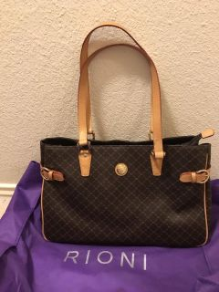 NEW(Never Used) - Rioni Signature Buckled Tote