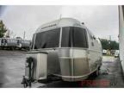 2010 Airstream International Ocean Breeze 19