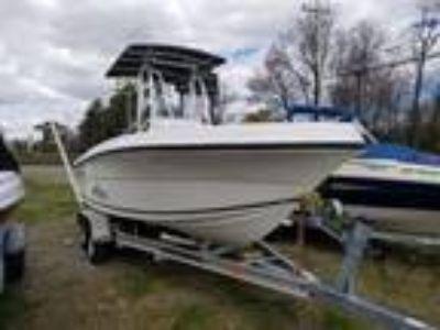 20' Angler 204FX 2012