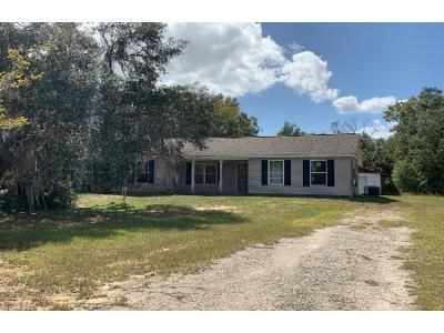 3 Bed 2 Bath Foreclosure Property in Interlachen, FL 32148 - Mirror Lake Dr
