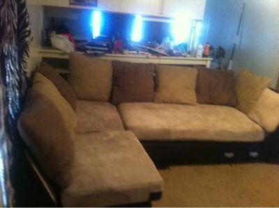 Sectional couch (Pineville 28east)