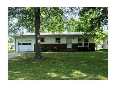 3 Bed 1 Bath Foreclosure Property in Highland, IL 62249 - 25th St