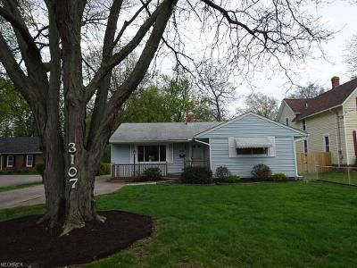 2 Bed 2 Bath Foreclosure Property in North Olmsted, OH 44070 - Clague Rd