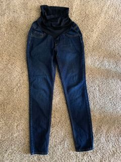 Maternity jeans size medium