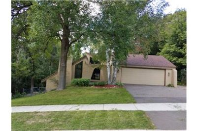 175 Chaparral Drive, Apple Valley MN