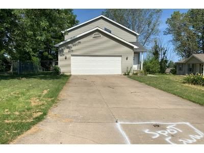 3 Bed 1.5 Bath Foreclosure Property in Erie, PA 16510 - E 42nd St