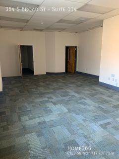 Big open commercial space located in the business district of the City of Trenton. (Millhill)
