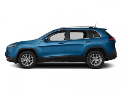 2018 Jeep Cherokee Latitude (Hydro Blue Pearlcoat)