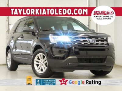 2017 Ford Explorer (Shadow Black)