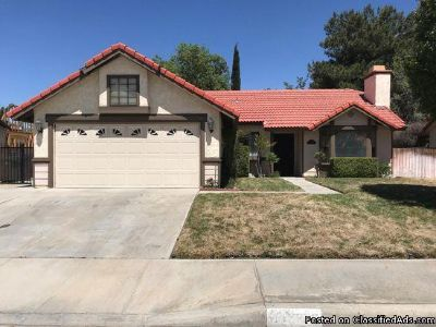 3 beds 2 baths single family home for rent in Lancaster, CA 93536