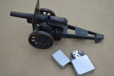 Zippo lighter and Cannon lighter