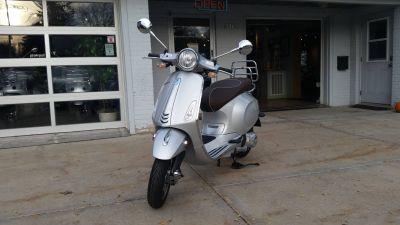 2016 Vespa Primavera 250 - 500cc Scooters Middleton, WI