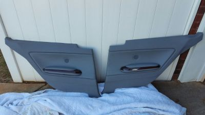 BMW e46 Coupe Rear Right and Left Door Panels w/Orig Speakers & Armrest