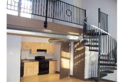2 Bedroom with Loft and Porch in Armory