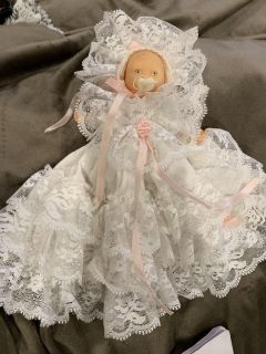 VINTAGE SMALL DOLL. CP