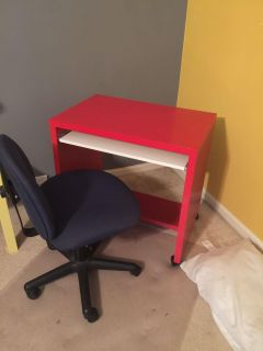 IKEA Rolling desk. And chair.
