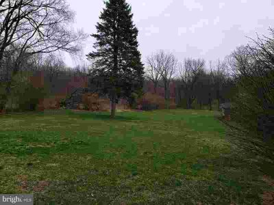 1143 Old Fritztown Rd Sinking Spring, Bring your builder to