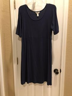 Very comfortable blue maternity dress, size large